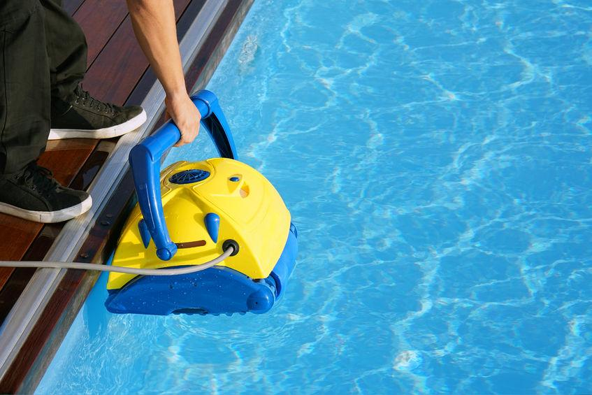 comparatif robot piscine