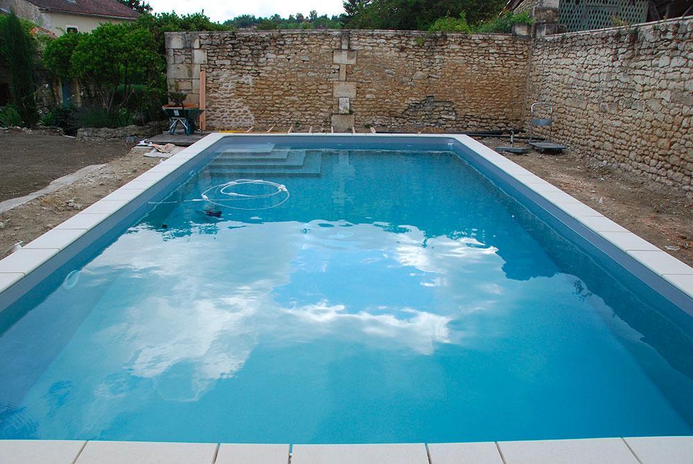 prix piscine dimensions