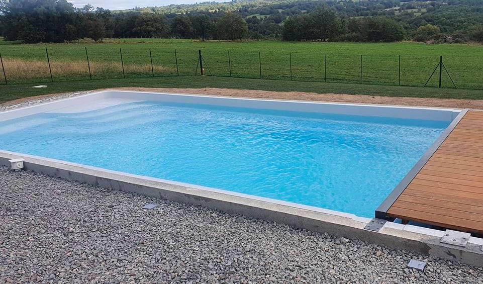 piscine enterrée coque