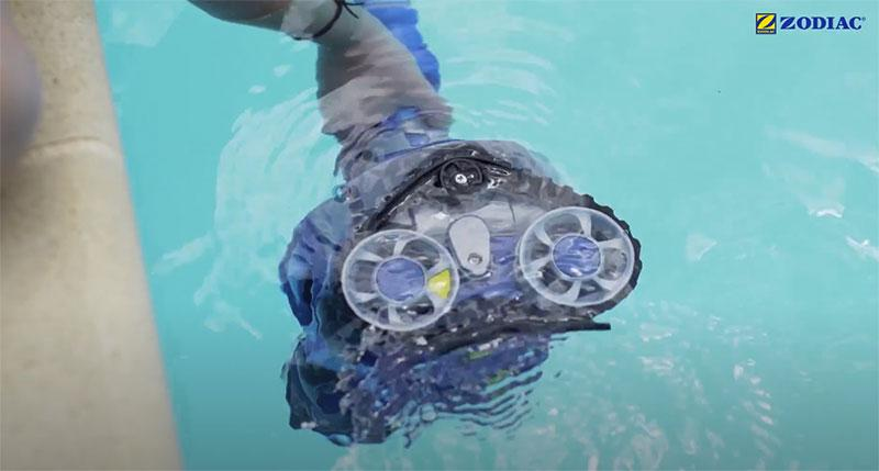 avis robot piscine zodiac mx8