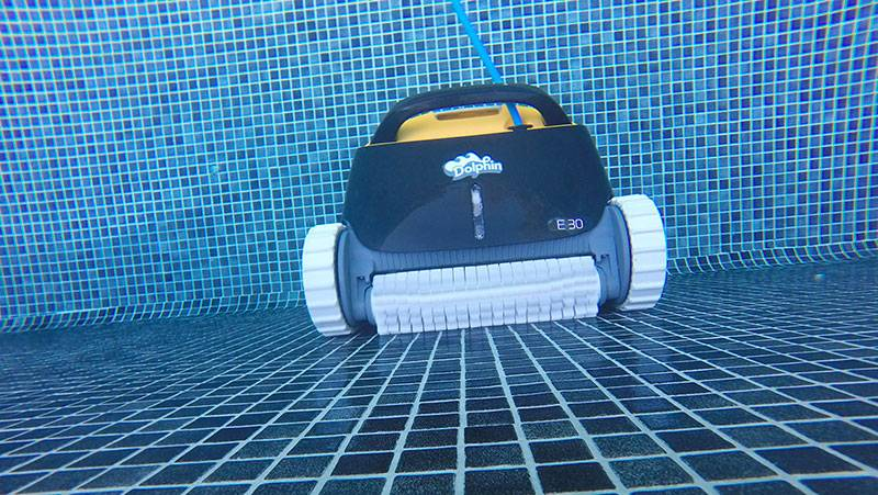 robot piscine dolphin e30 test
