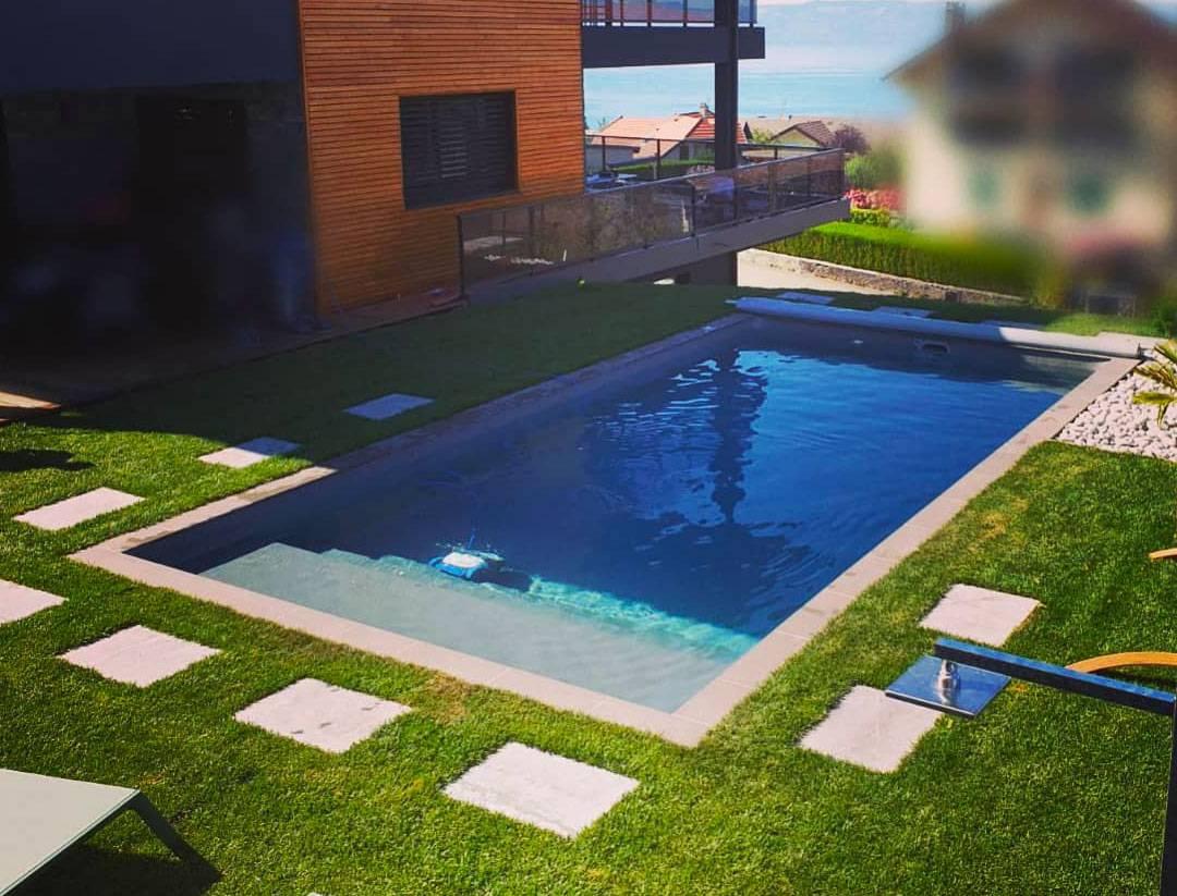 coque piscine avec plage
