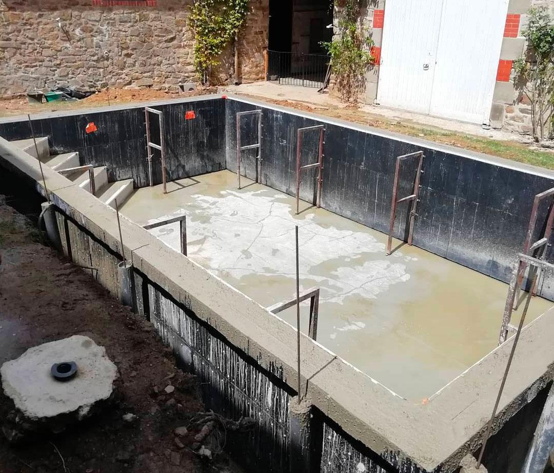 coulage mur agglo piscine