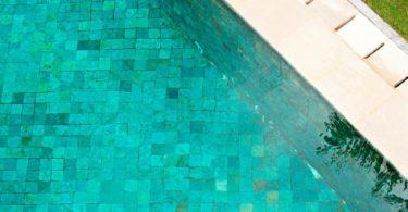 carrelage piscine prix